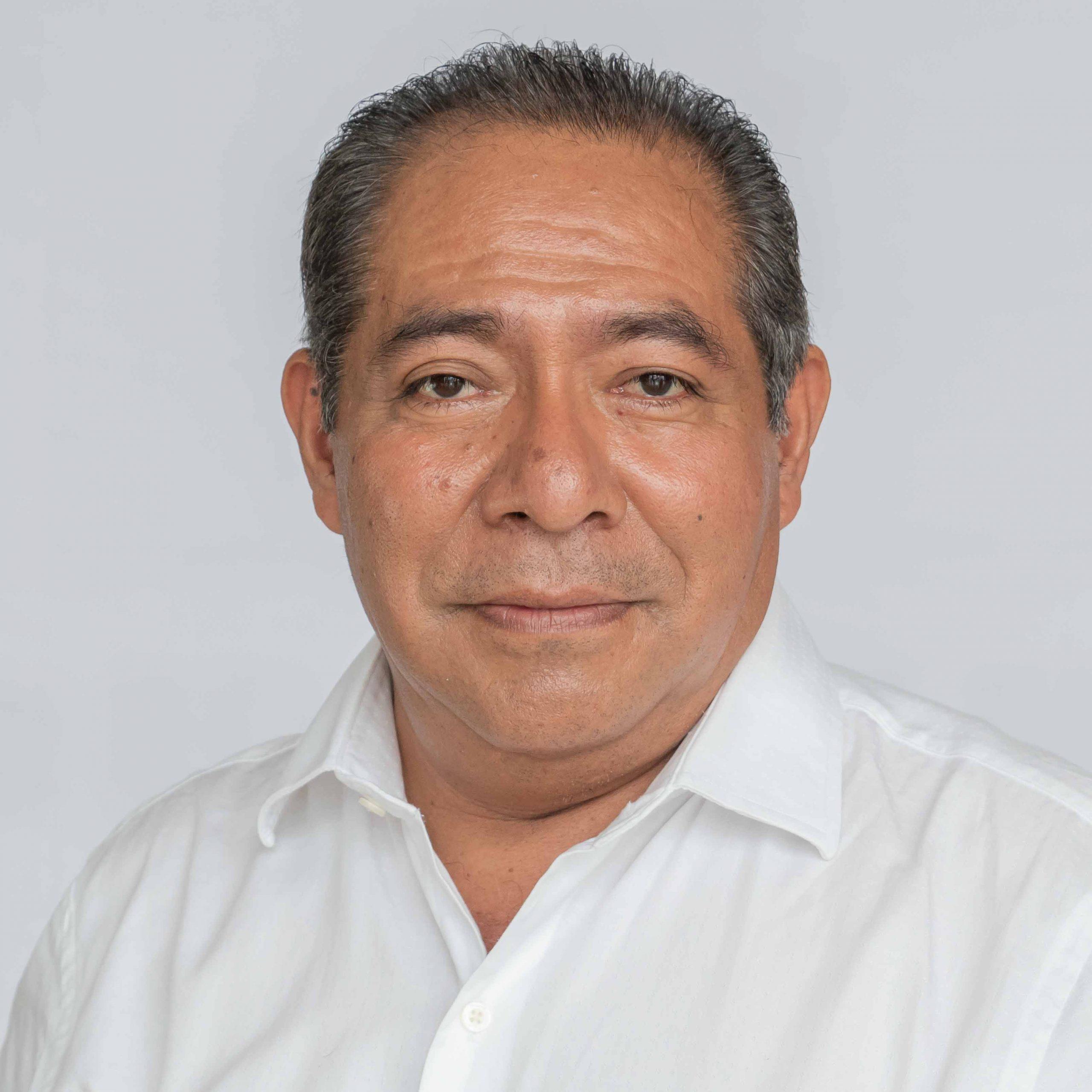 https://congresogro.gob.mx/63/inicio/wp-content/uploads/2021/09/raymundo-garcia-scaled.jpg